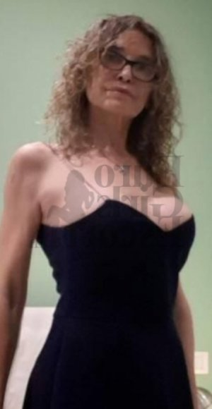 Marie-agathe tantra massage & call girl
