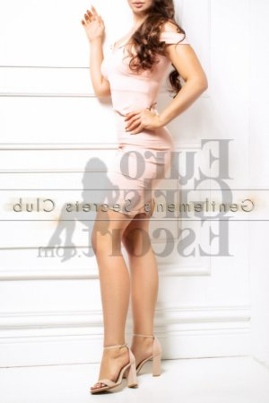 Theresina escort girl and tantra massage