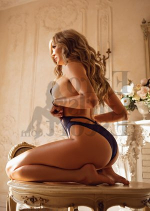 Amilia escort girl & happy ending massage