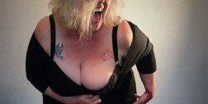 Blondine escort girl, tantra massage