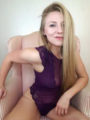Zenona live escorts and erotic massage